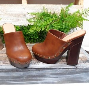 CANDIE'S BROWN HIGH HEEL STUDDED CLOGS